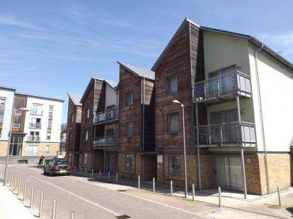 1 Bedroom Flat for sale in The Hythe, Colchester, Essex