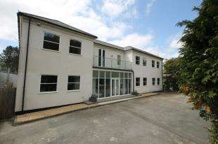 2 Bedrooms Flat for sale in Station House, Bepton Nr, Midhurst, West Sussex