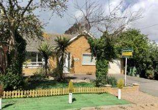 2 Bedrooms Bungalow for sale in Orchard Road, St. Marys Bay, Romney Marsh, Kent