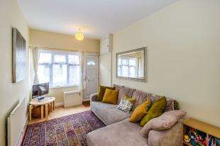 2 Bedrooms Terraced House for sale in Southover Street, Brighton, East Sussex, 99A Southover Street