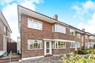 2 Bedrooms Maisonette Flat for sale in Cheston Avenue, Shirley, Croydon, Surrey