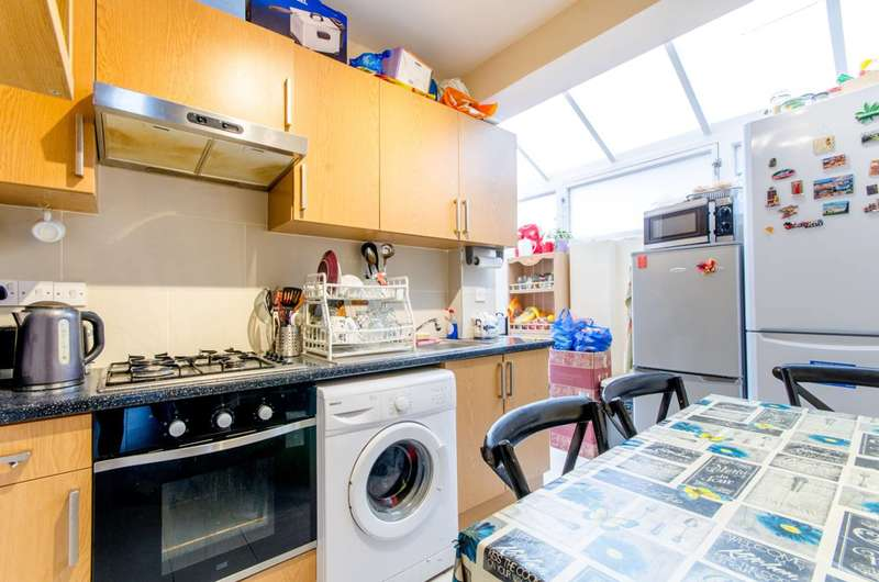 5 Bedrooms House for sale in James Street, Enfield Town, EN1