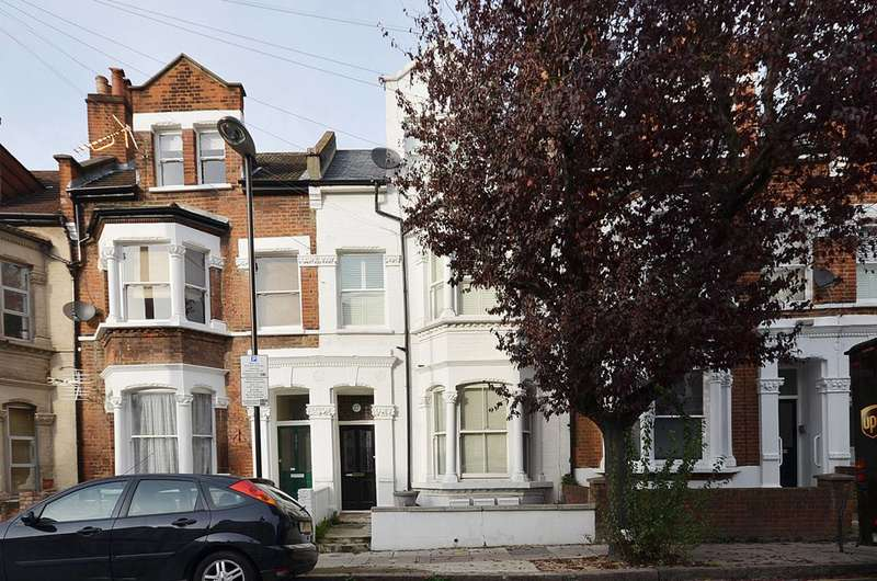 2 Bedrooms Maisonette Flat for sale in Ronalds Road, Islington, N5