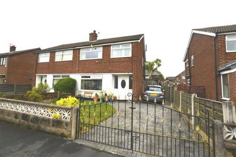 3 Bedrooms Semi Detached House for sale in Thirlmere Road, PARTINGTON, Manchester.