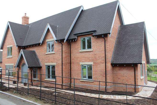 4 Bedrooms Detached House for sale in Leveson House, Hillside East, Lilleshall, Newport, Shropshire, TF10 9GZ