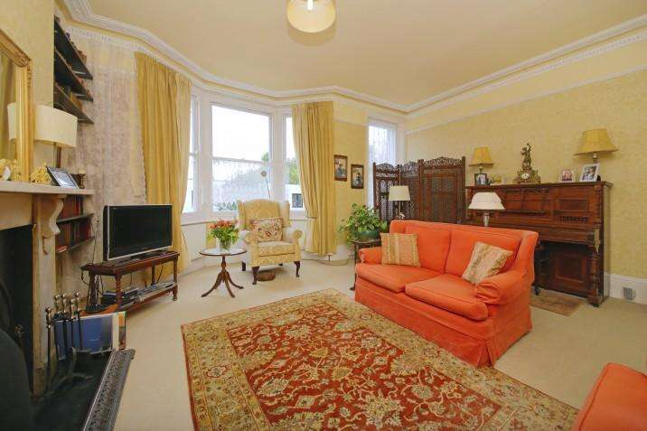 6 Bedrooms Terraced House for sale in Mansfield Road, NW3