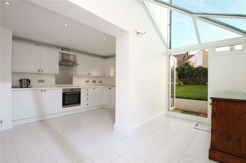 3 Bedrooms Terraced House for sale in Cottenham Road, Worthing, West Sussex, BN11