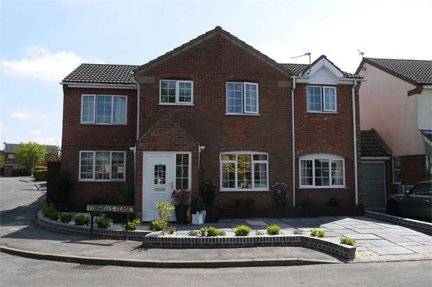 5 Bedrooms Detached House for sale in Cobwells Close, Fleckney, Leicester