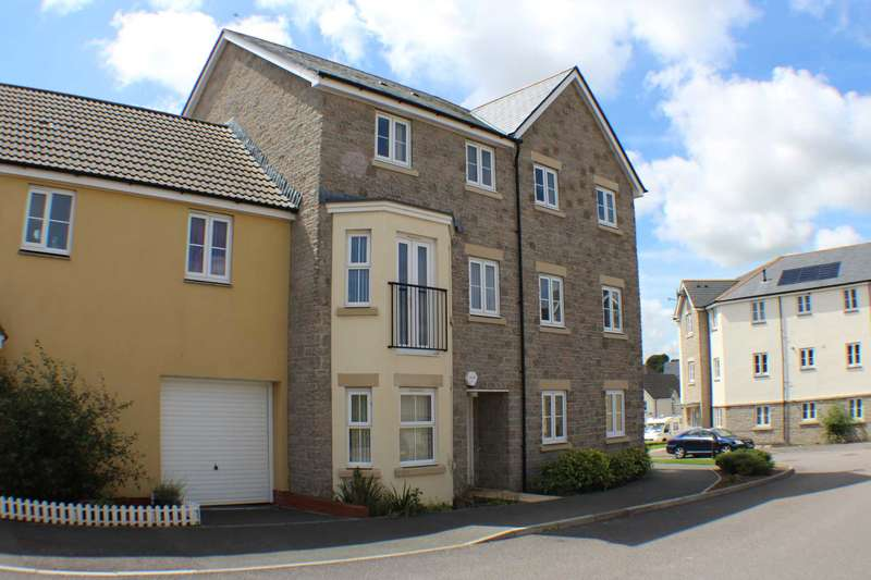 4 Bedrooms Terraced House for sale in Watkins Way, Bideford