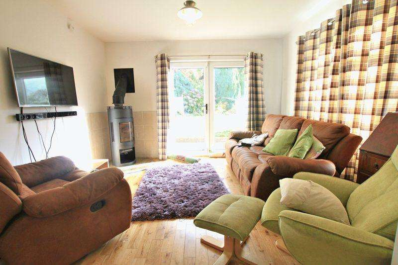 3 Bedrooms Detached House for sale in Llanfairpwllgwyngyll, Anglesey