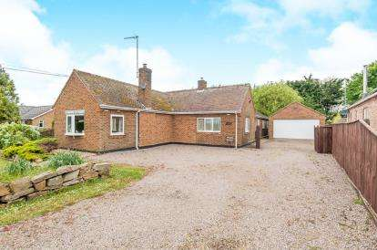 6 Bedrooms Bungalow for sale in Marshland St. James, Wisbech, Norfolk