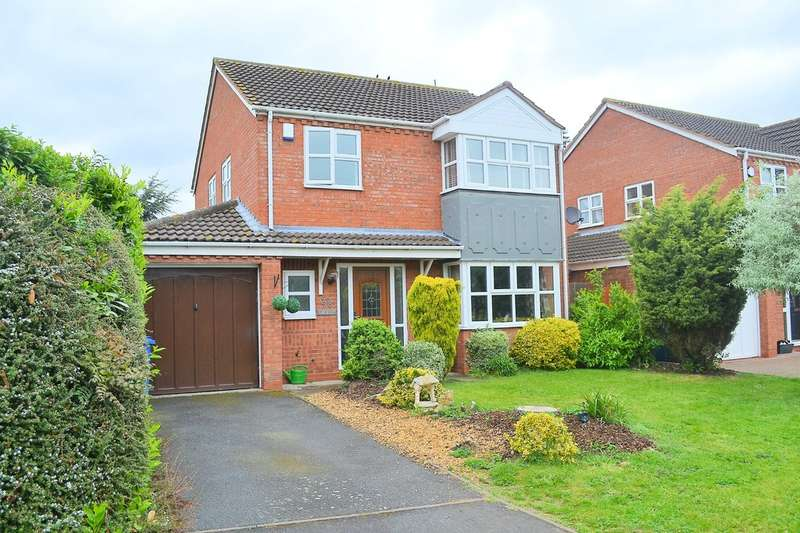 4 Bedrooms Detached House for sale in Rowan Drive, Handsacre