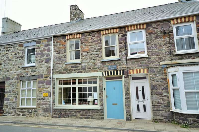 2 Bedrooms Cottage House for sale in St Davids