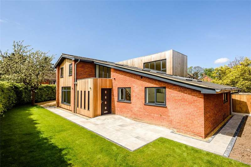 4 Bedrooms Detached House for sale in Upton Close, Norwich, Norfolk, NR4