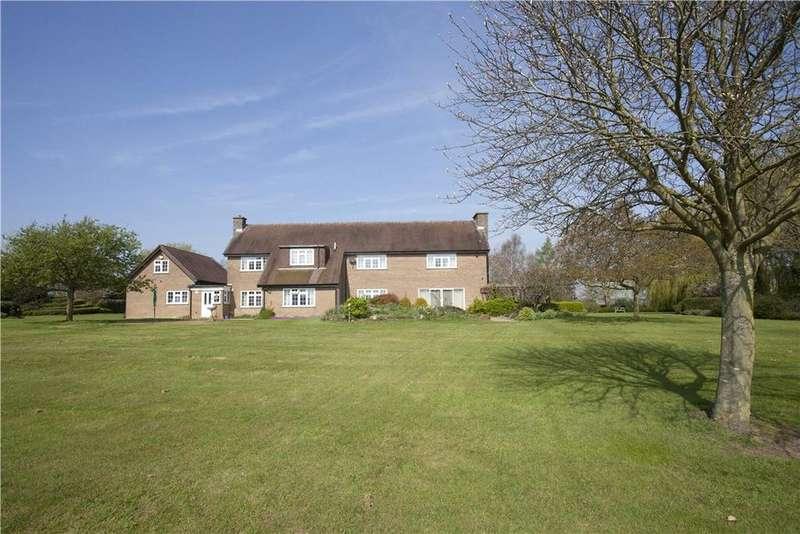 4 Bedrooms Detached House for sale in Alderton Turn, Grafton Regis, Towcester, Northamptonshire, NN12