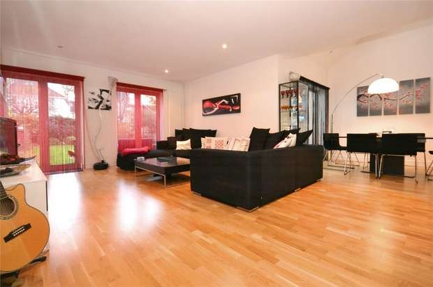 5 Bedrooms Semi Detached House for sale in Somerset Gardens, Sudbury, Middlesex