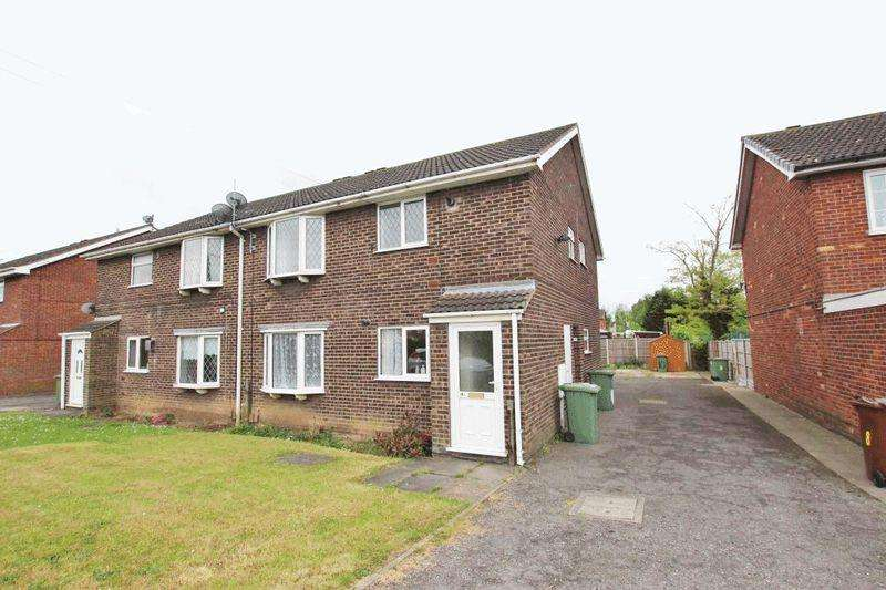 2 Bedrooms Flat for sale in FERNDOWN DRIVE, IMMINGHAM
