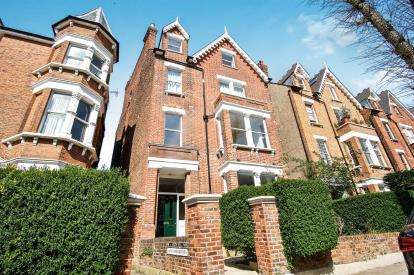 1 Bedroom Flat for sale in Parliament Hill, London