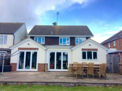 4 Bedrooms Detached House for sale in Lothair Road, Luton, Bedfordshire
