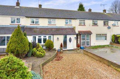3 Bedrooms Terraced House for sale in Avon Grove, Bletchley, Milton Keynes, Buckinghamshire