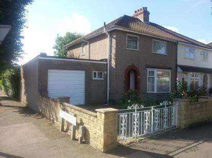 Semi Detached House for sale in Costons Avenue, Greenford
