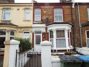 5 Bedrooms Terraced House for sale in Waverley Crescent, Plumstead, London