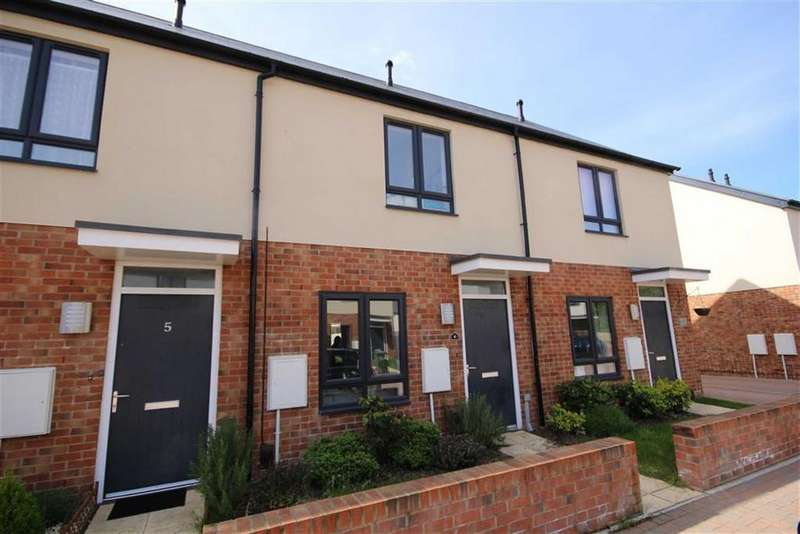 2 Bedrooms Terraced House for sale in Gala Close, St Pauls, Cheltenham, GL50