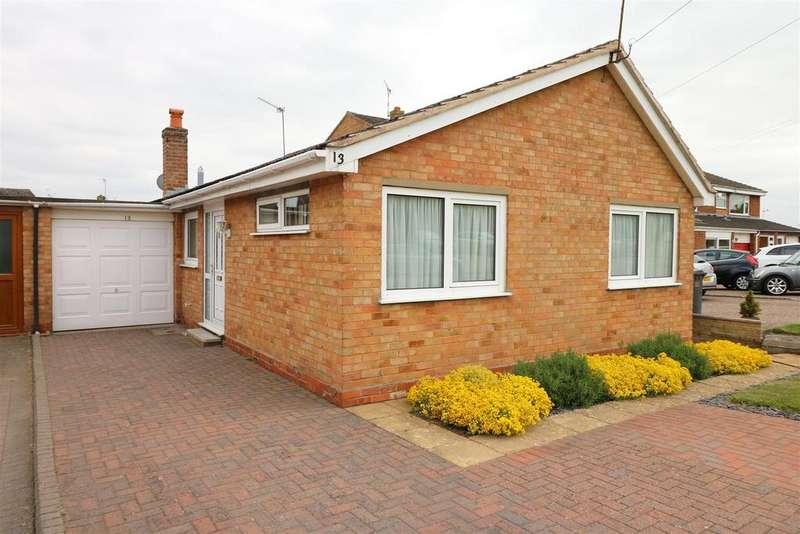 2 Bedrooms Detached Bungalow for sale in Dorcester Avenue Hampton Magna