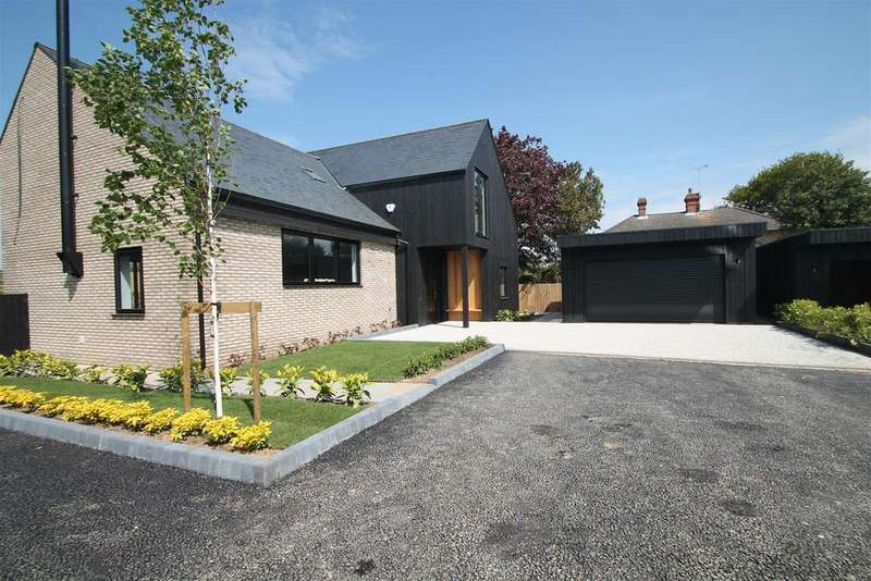 4 Bedrooms Detached House for sale in SHOW HOME WEEKEND THE FORSTAL Lenham Heath