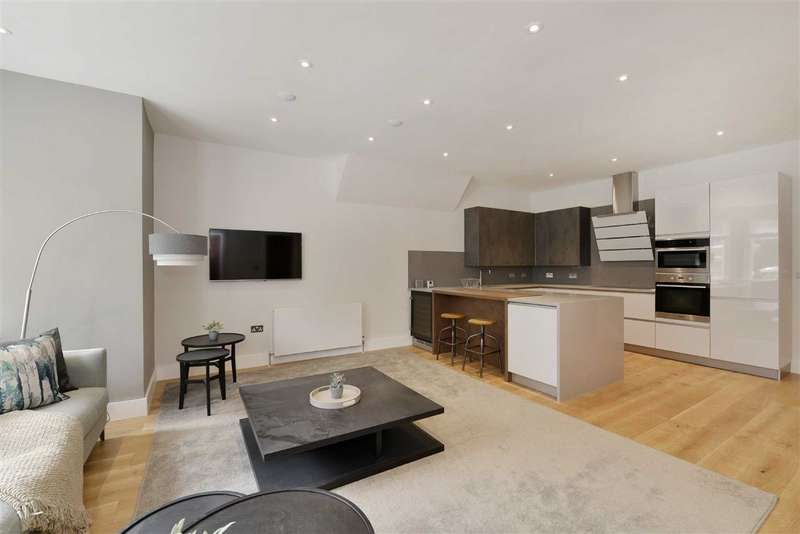 2 Bedrooms Flat for sale in Belsize Park Gardens, London, London, NW3