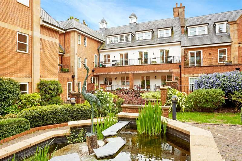 3 Bedrooms Flat for sale in Post Office Square, London Road, Tunbridge Wells, Kent, TN1