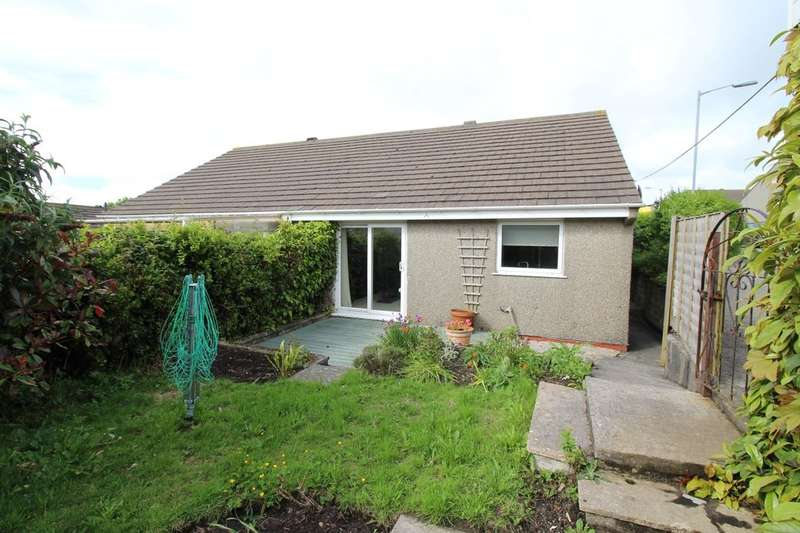 2 Bedrooms Semi Detached Bungalow for sale in Treganoon Road, Mount Ambrose, Redruth, TR15