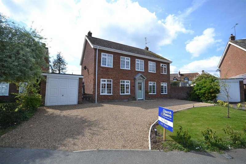 4 Bedrooms Detached House for sale in Pinners Close, Burnham-on-Crouch