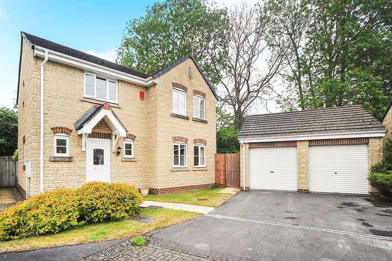 4 Bedrooms Detached House for sale in Rosemary Close, Calne, SN11