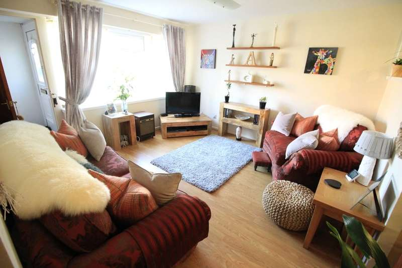 1 Bedroom Flat for sale in Tintern Avenue, Astley,Tyldesley, Manchester, M29