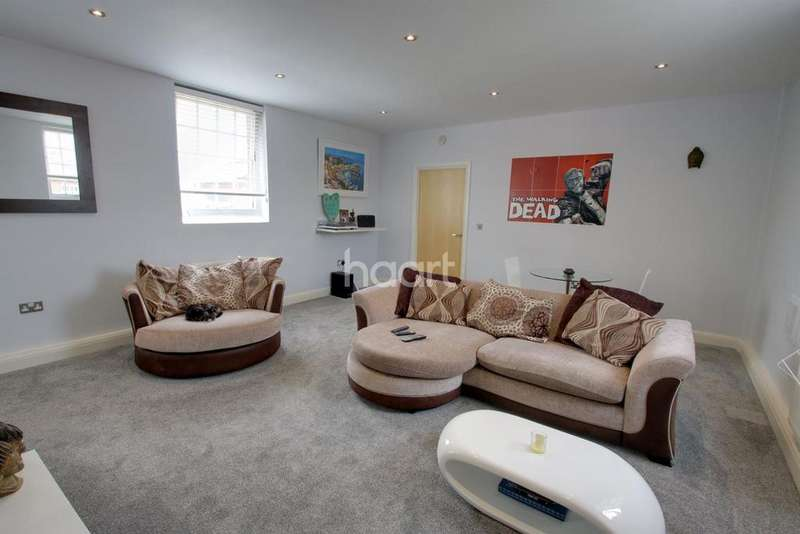 1 Bedroom Flat for sale in Home Bridge Court, Witham, CM8