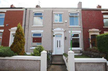 4 Bedrooms Terraced House for sale in Brindle Street, Blackburn, Lancashire, ., BB2