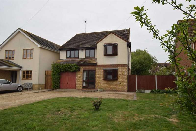 4 Bedrooms Detached House for sale in Bartlett Close, Mayland
