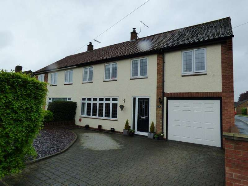 5 Bedrooms Semi Detached House for sale in Molescroft Park, Beverley