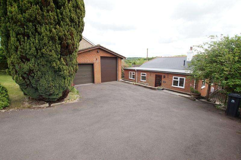 3 Bedrooms Detached Bungalow for sale in St. Leonards Avenue, Blandford Forum