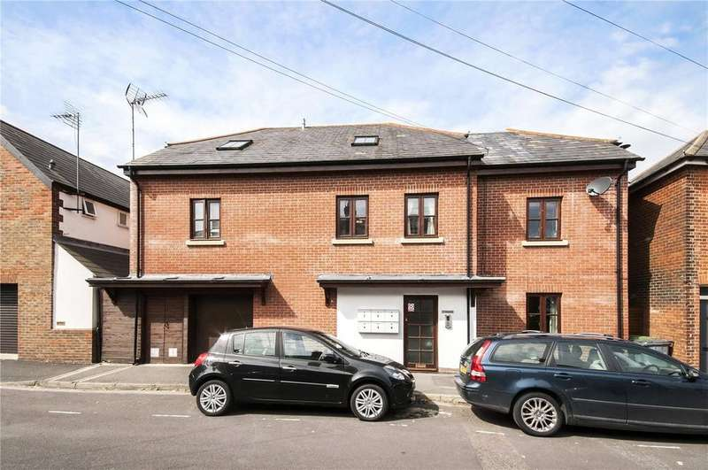1 Bedroom Flat for sale in Cathedral View House, Cathedral View, Winchester, Hampshire, SO23