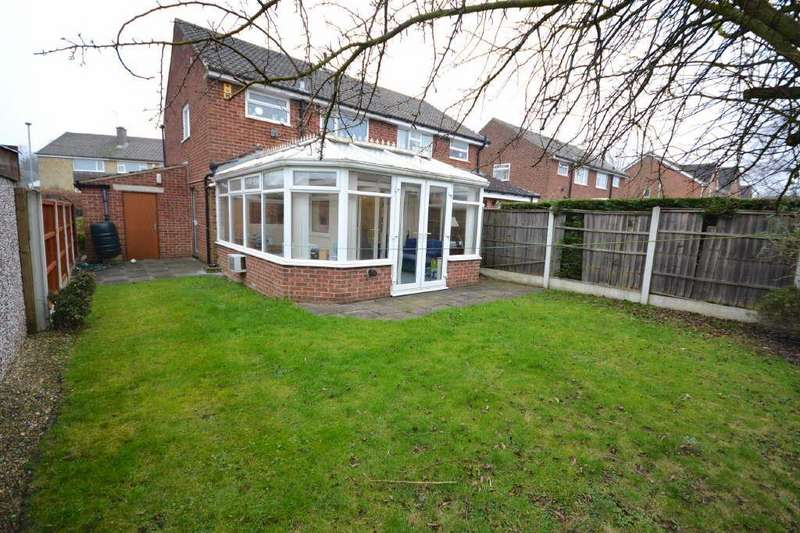 3 Bedrooms Semi Detached House for sale in Brookhill Grove, Alwoodley