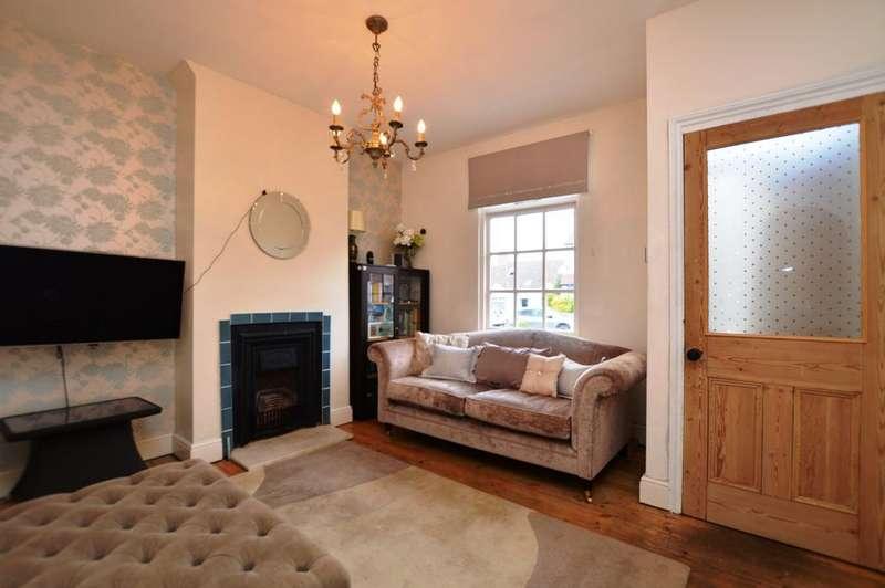 2 Bedrooms Terraced House for sale in White Horse Hill Chislehurst BR7