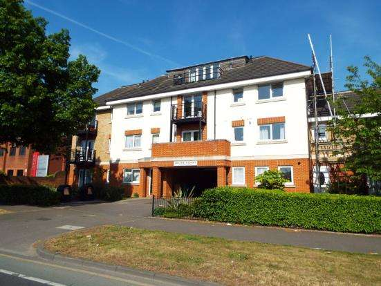 2 Bedrooms Flat for sale in 376 Richmond Road, Kingston Upon Thames, Surrey