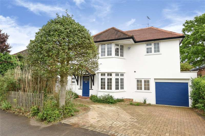 5 Bedrooms Detached House for sale in West Way, Rickmansworth, Hertfordshire, WD3