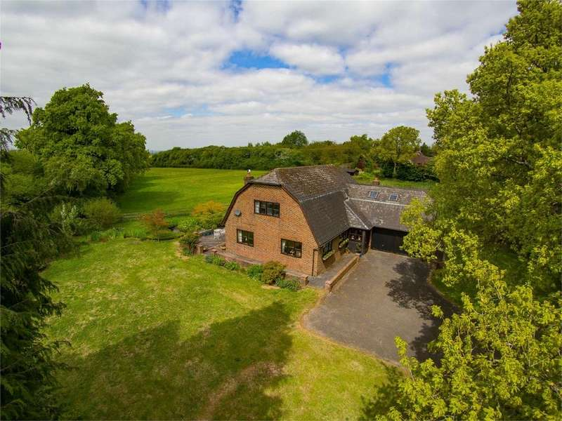 5 Bedrooms Detached House for sale in Barn Lane, Four Marks