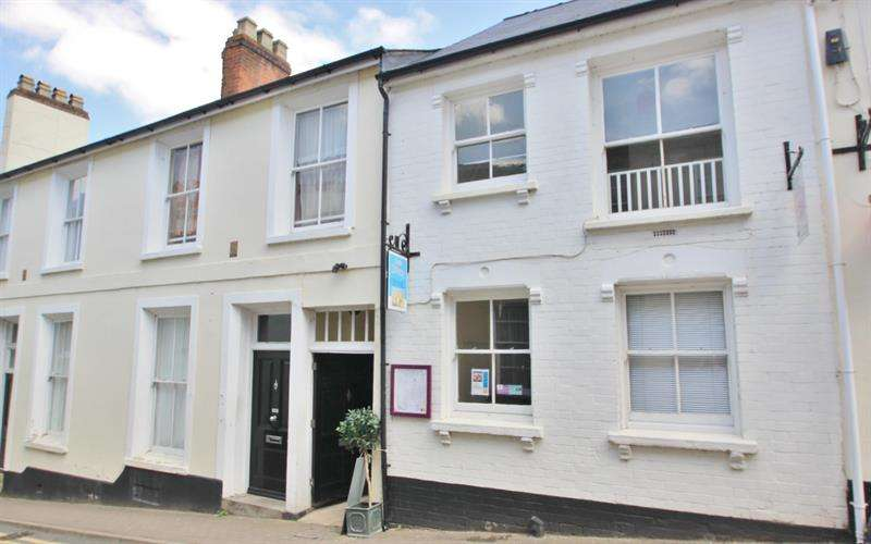 2 Bedrooms Flat for sale in Church Street, ROSS ON WYE