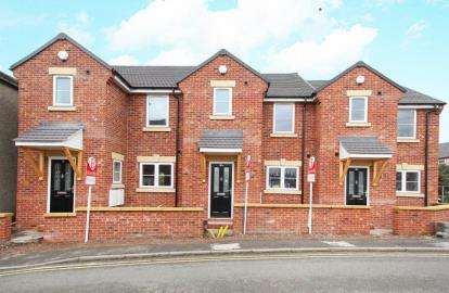 3 Bedrooms End Of Terrace House for sale in Pottery Mews, Barker Lane, Chesterfield
