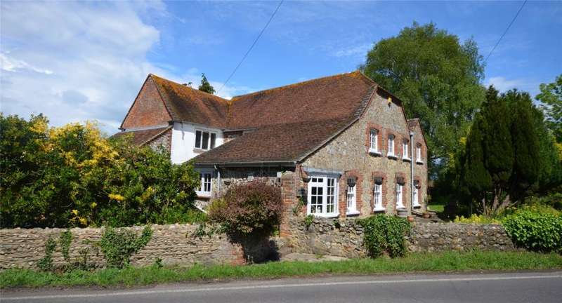 4 Bedrooms Detached House for sale in Highleigh Road, Highleigh, Chichester, West Sussex, PO20