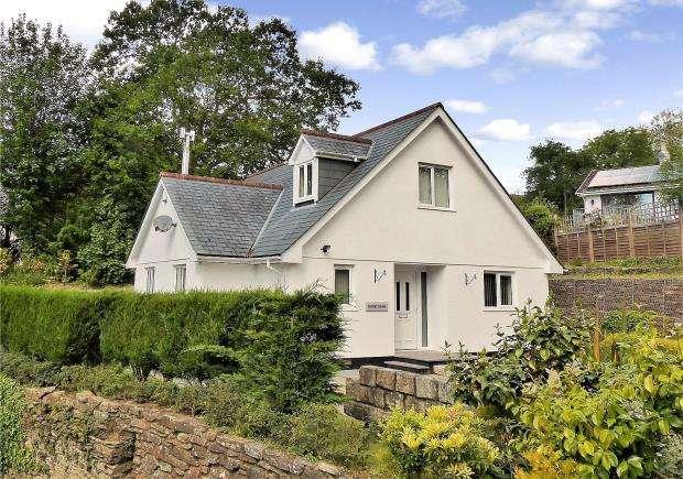 3 Bedrooms Detached House for sale in Botus Fleming, Saltash, Cornwall